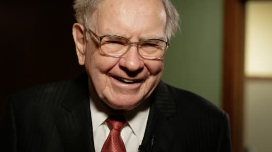 heres what to watch for in warren buffetts annual berkshire hathaway letter