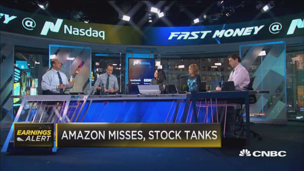 Amazon misses, stock tanks