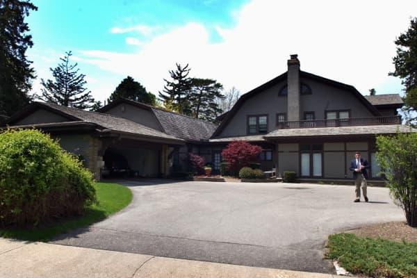 Warren Buffett's Omaha residence is relatively modest