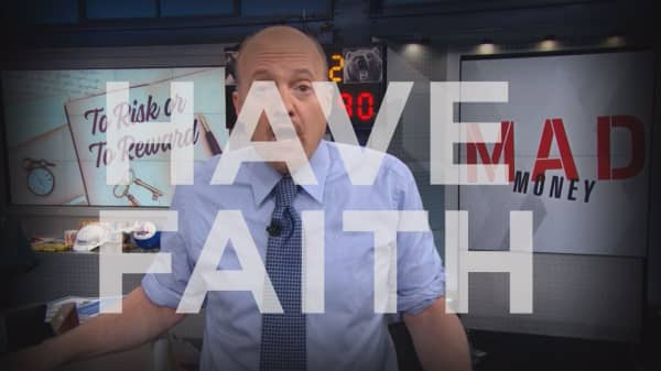 Cramer Remix: This is the chance to buy Amazon, not sell it