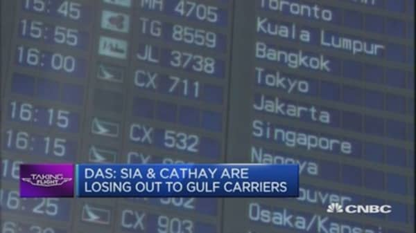 Turbulence ahead for SIA, Cathay