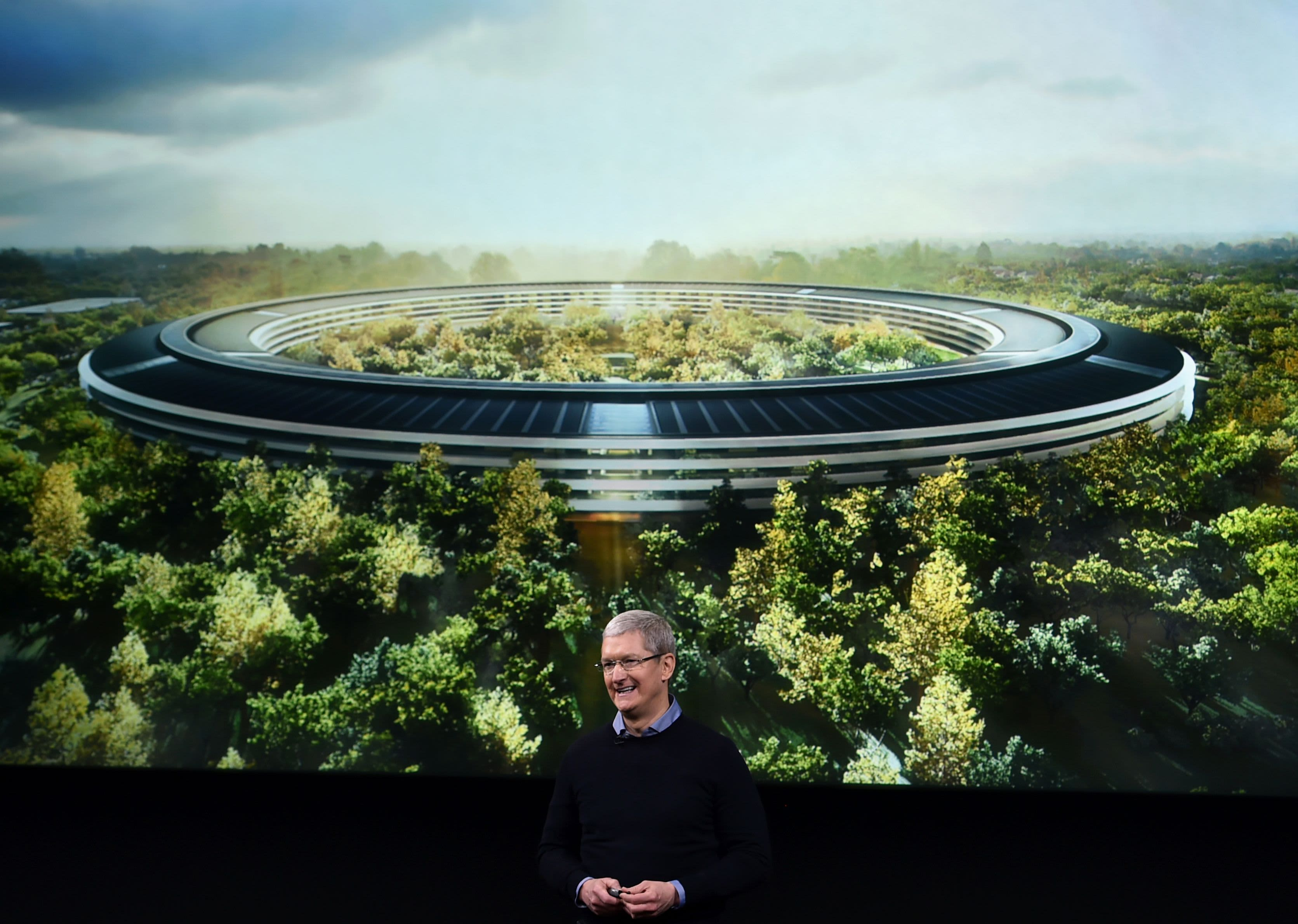 Channeling Steve Jobs Apple seeks design perfection at new