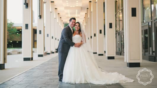 Amy and Justin Pounders were married on November 18, 2016.