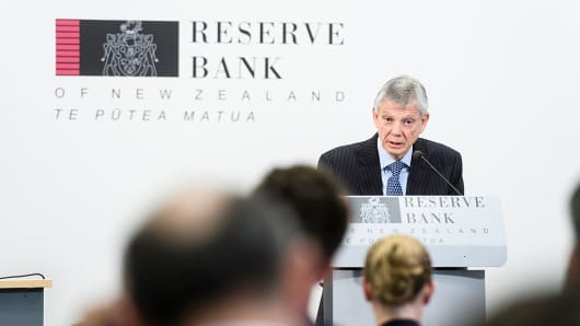 Graeme Wheeler, governor of the Reserve Bank of New Zealand (RBNZ), speaks during a news conference in Wellington, New Zealand, on Thursday, Nov. 10, 2016.