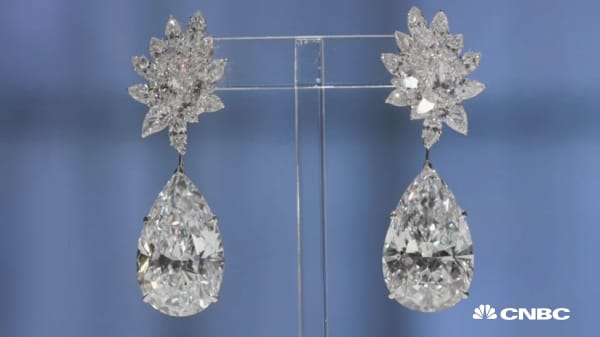These earrings boast 120 carats and a $17.6 million price tag