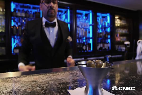 This $10,000 cocktail requires a 72-hour notice to prepare a diamond garnish