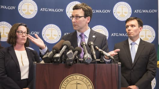 Washington state Attorney General Bob Ferguson speaks during a press conference at his office on February 9, 2017 in Seattle, Washington.