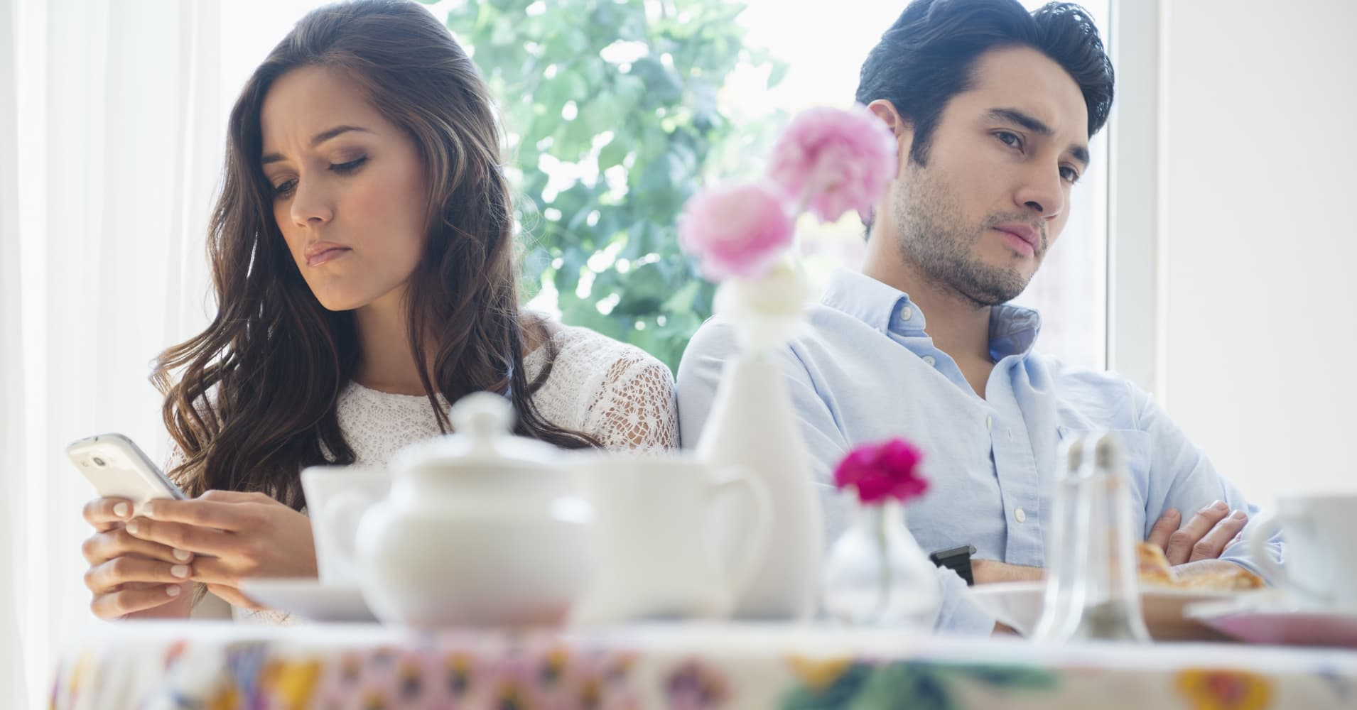Millennial women worry about out-earning boyfriends and ...