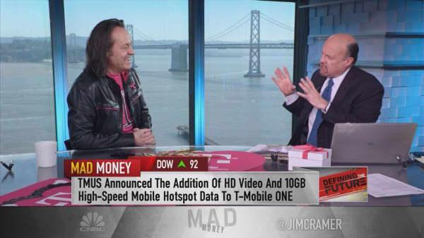 T-Mobile CEO: Changes needed to fix 'broken, arrogant industry'