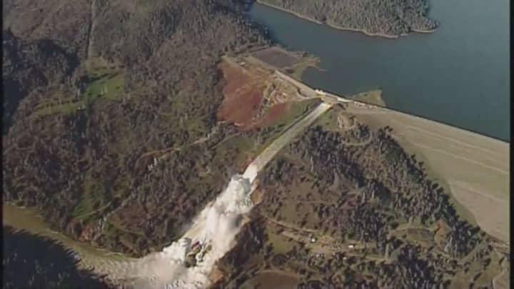 California inspectors noticed cracks on Oroville Dam spillway