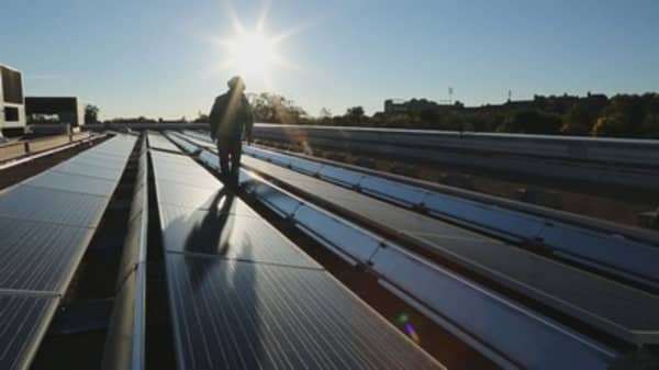 US solar installations almost doubled in 2016