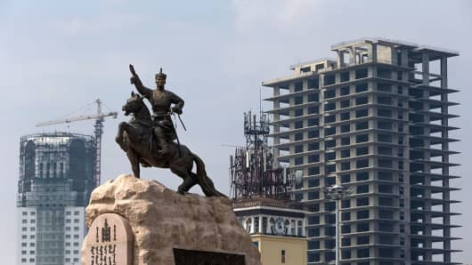 A picture taken on July 28, 2016 shows the statue of Damdin Sukhbaatar, the leader of Mongolia's 1921 revolution, in Ulaanbaatar.
