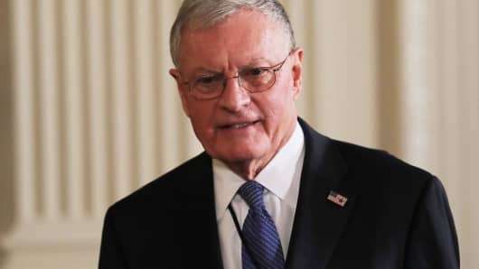 Acting U.S. National Security Advisor Retired General Keith Kellogg arrives for a joint news conference between U.S. President Donald Trump and Israeli Prime Minister Benjamin Netanyahu at the White House in Washington, February 15, 2017.