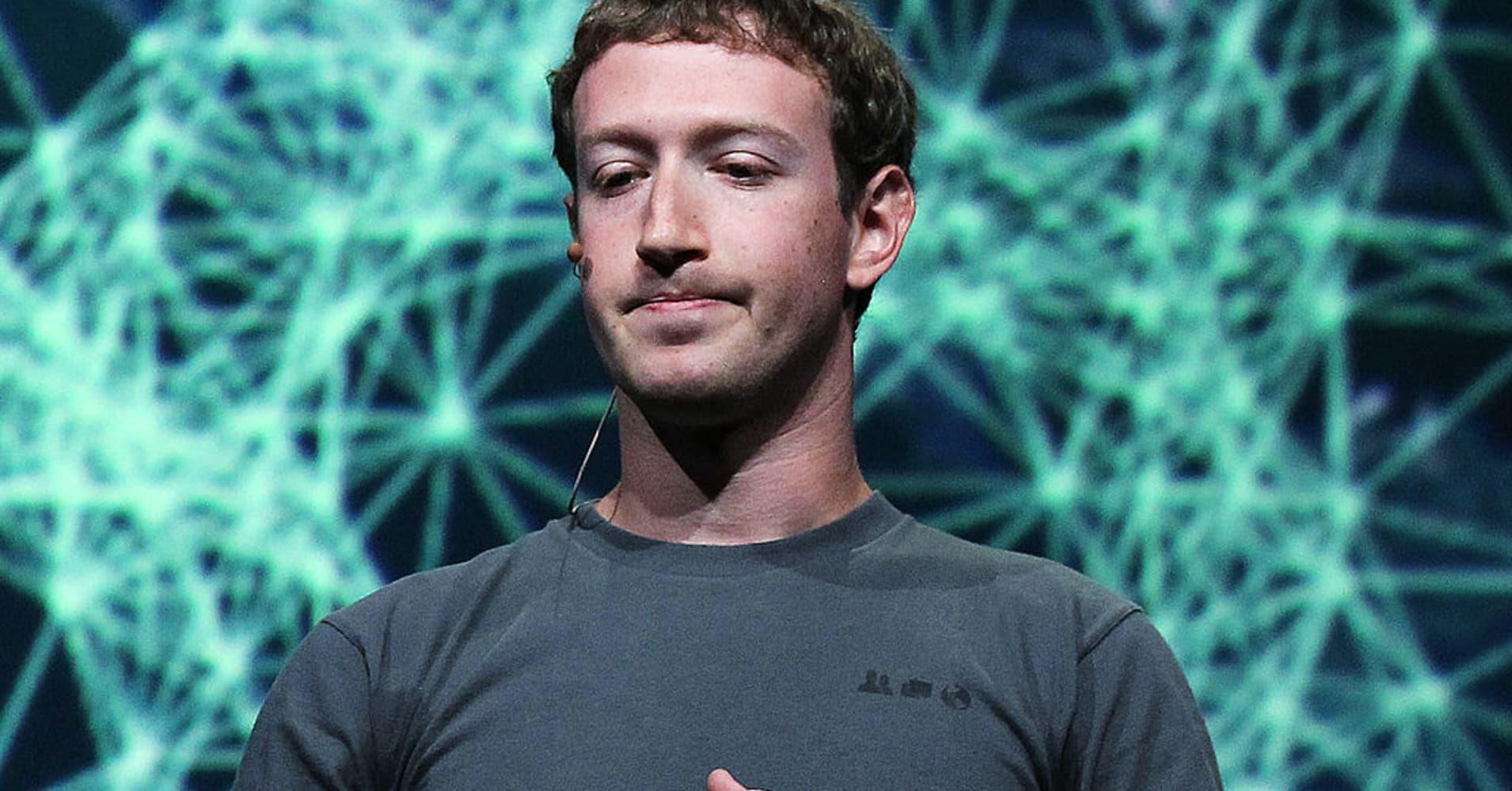 Why Facebook Ceo Mark Zuckerbergs Apology Makes Him A Strong Leader