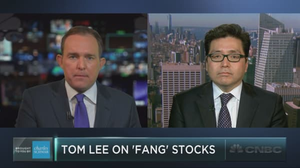 Tom Lee: It's time to buy 'FANG' stocks