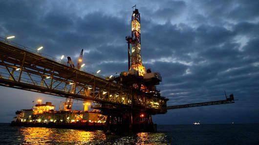 US shale oil $50