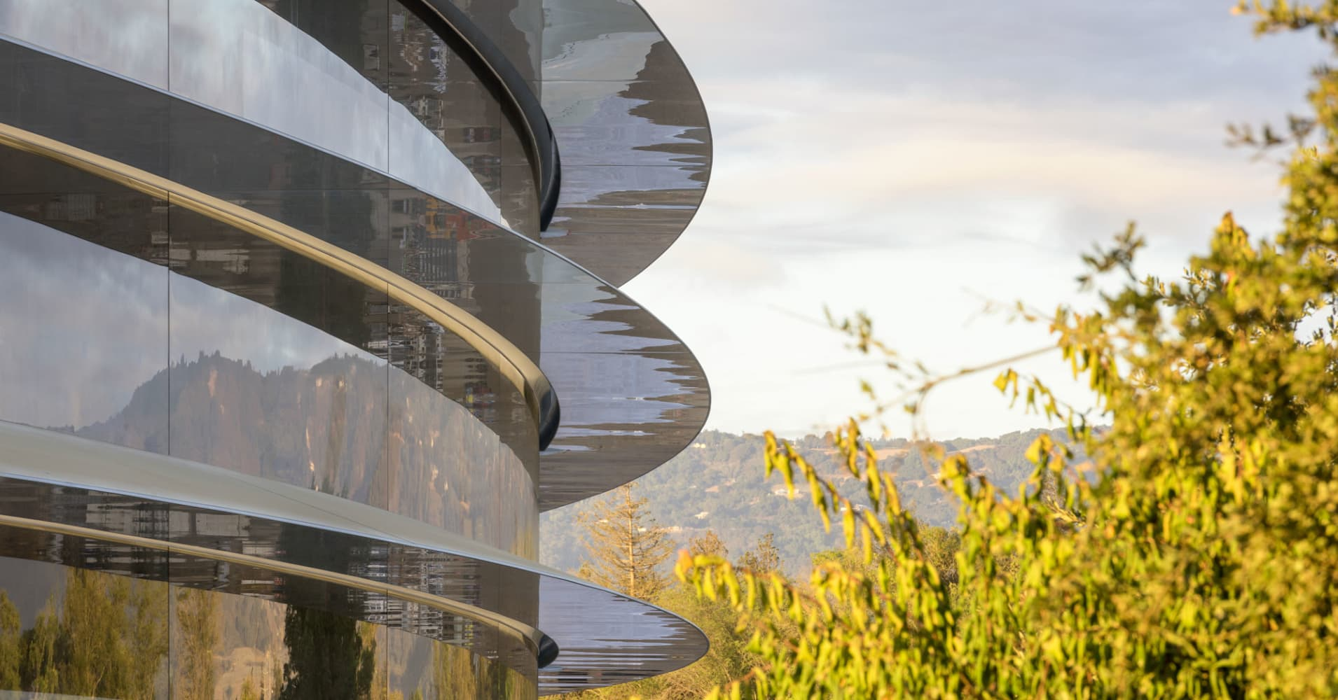Apples New Campus Is Nearly Finished