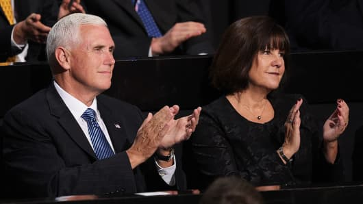 Republican Vice Presidential candidate, Indiana Gov. Mike Pence along with his wife Karen Pence