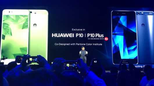 Richard Yu, head to Huawei's consumer division, unveiled the P10 and P10 Plus smartphone at Mobile World Congress in Barcelona on February 26, 2017.
