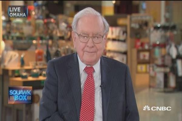 Buffett: Insurance industry catastrophes remarkably 'benign'