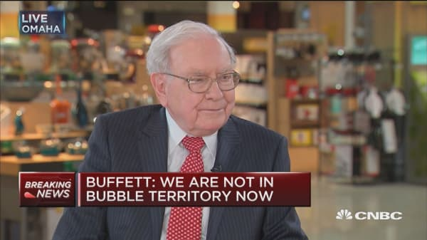 Buffett: Stocks are safe in the long run and very unsafe for tomorrow