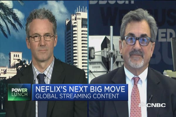 Pachter: Netflix building content nobody's watching
