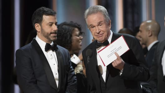 Warren Beatty and Jimmy Kimmel at the 89th Academy Awards.