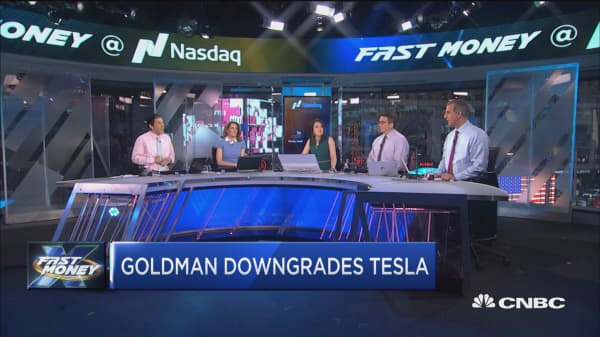 Goldman: Tesla to drop 25%