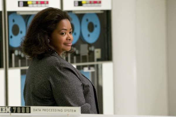 Octavia Spencer stars as Dorothy Vaughan in Hidden Figures - seen here with an IBM computer