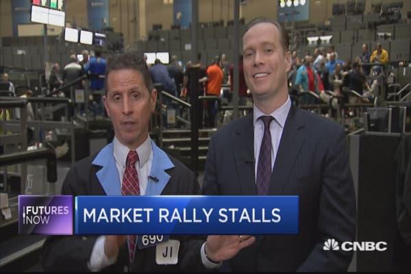 Markets stall ahead of Trump speech