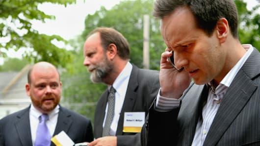 Richard Grubaugh (l), Richard Mulligan (c), and Alex Denner (r), of Icahn Partners.