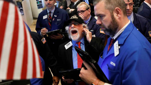 Tech, financials help drive S&P, Nasdaq to record