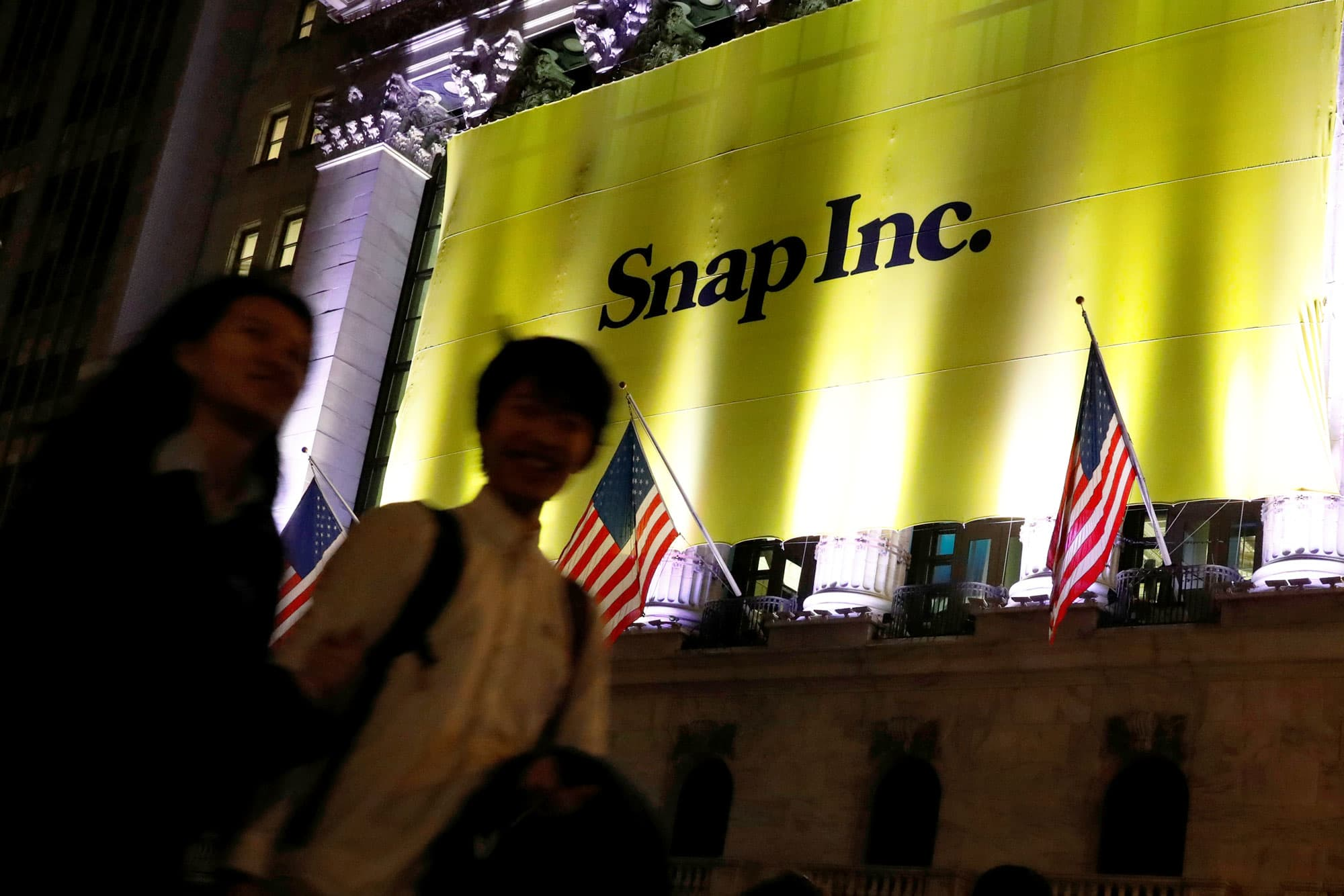 Snap shares may be unable to stay above ipo price buycottarizona Image collections
