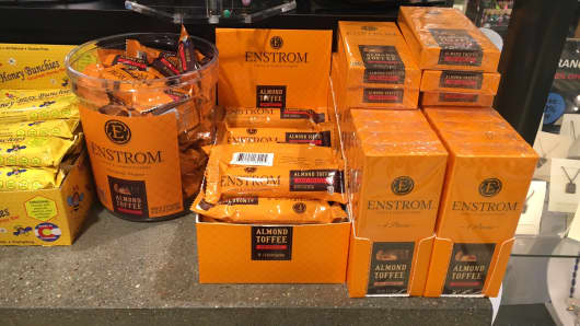 Enstrom Toffee sold at Denver International Airport.