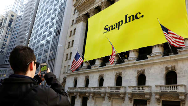 Nbc Invests 500 Million In Snapchat Ipo