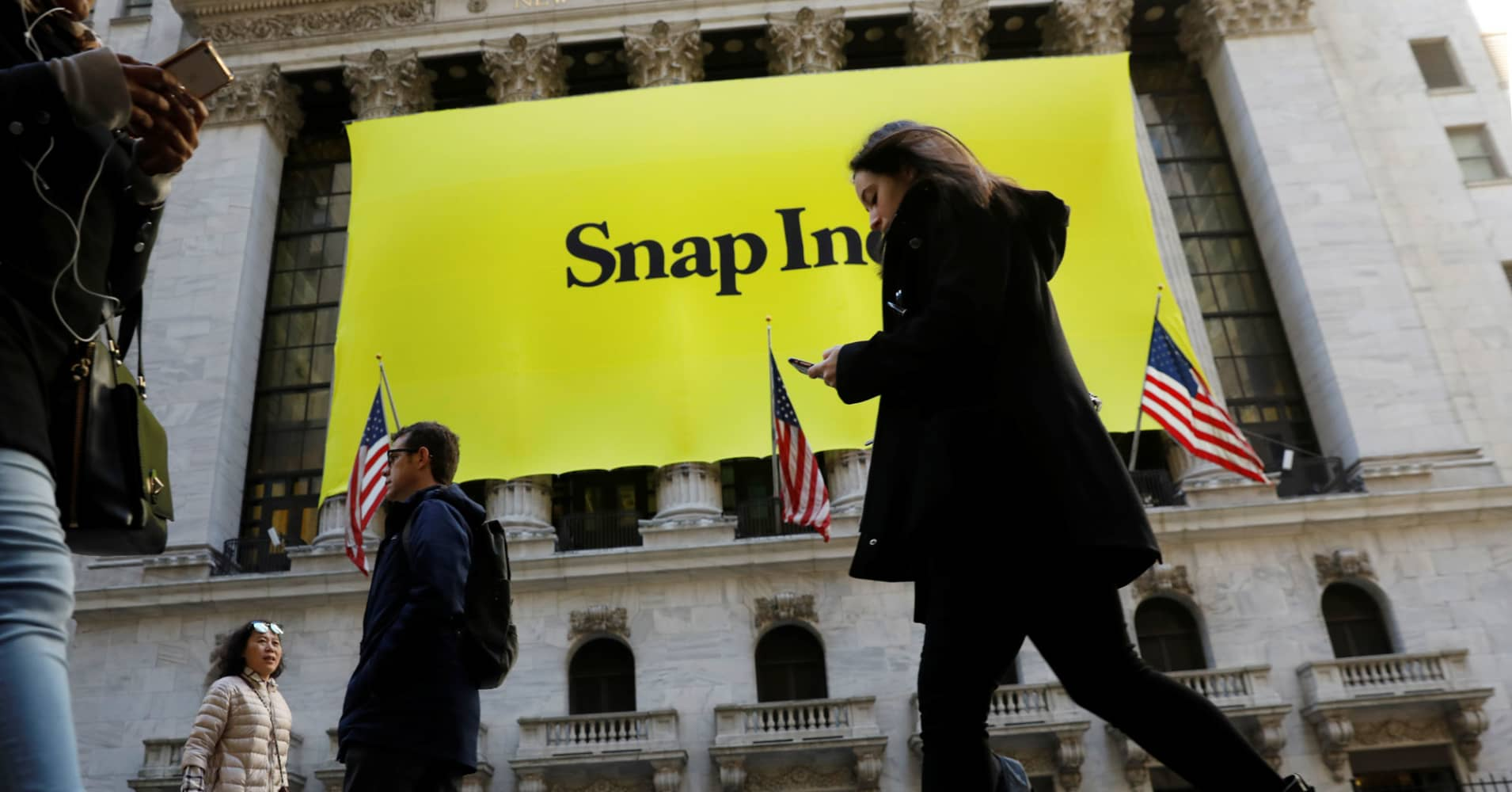 Snapchat Parent Snap Stock Price Rises After Ipo