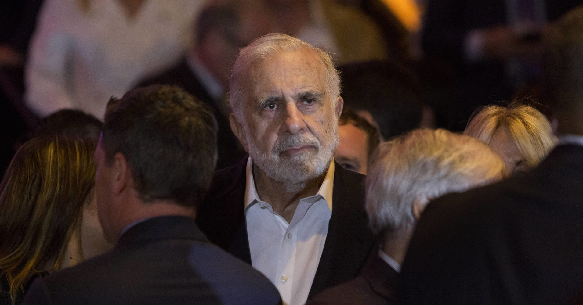 Carl Icahn, billionaire activist investor, waits for Donald Trump, president and chief executive of Trump Organization Inc. and 2016 Republican presidential candidate, not pictured, to speak at an election night event in New York, U.S., on Tuesday, April 19, 2016.