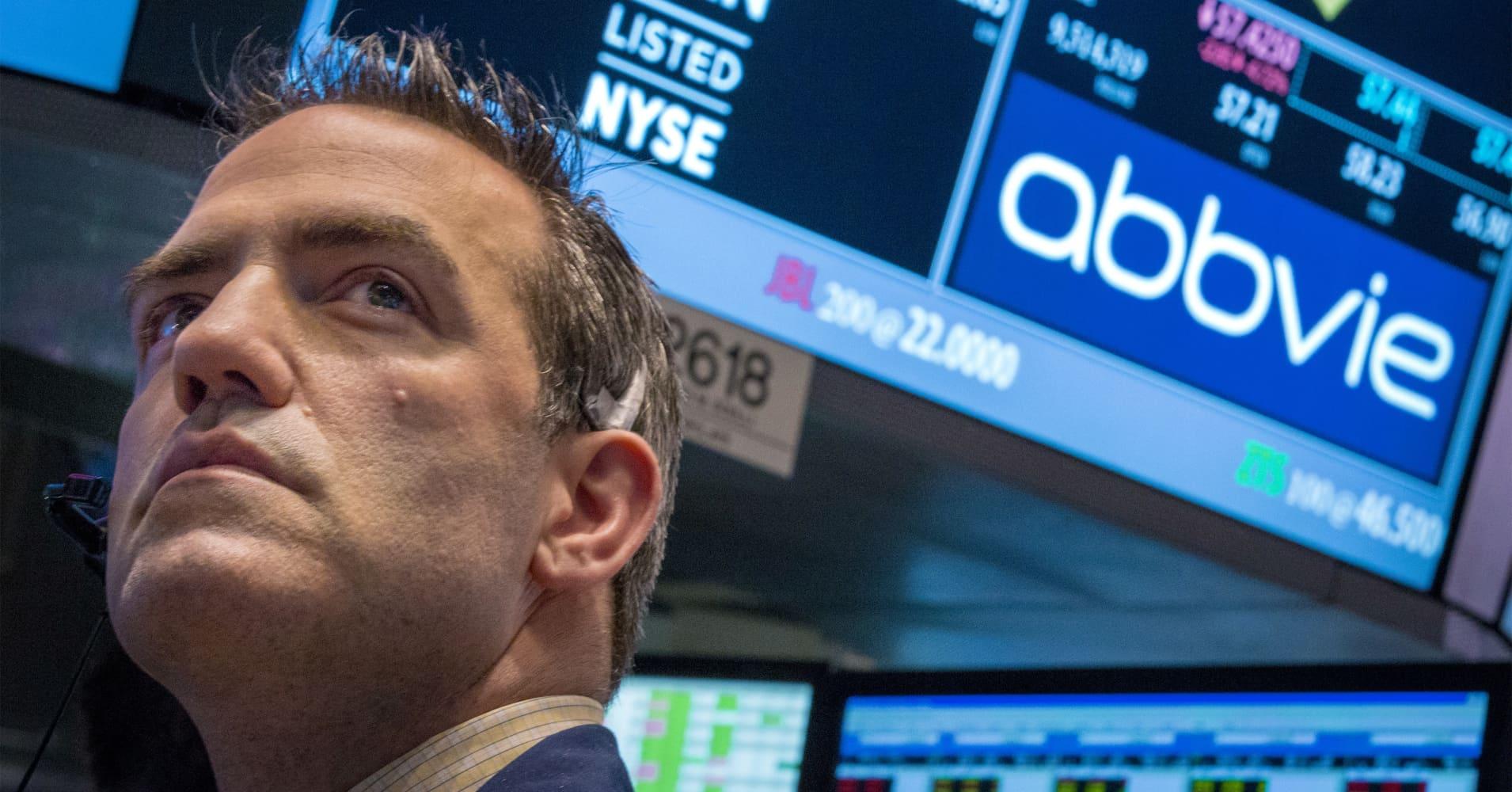 AbbVie raises 2018 forecast, quarterly profit beats on strong Humira sales