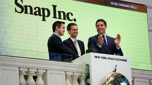 Time Warner, Snap sign $100 mn content partnership