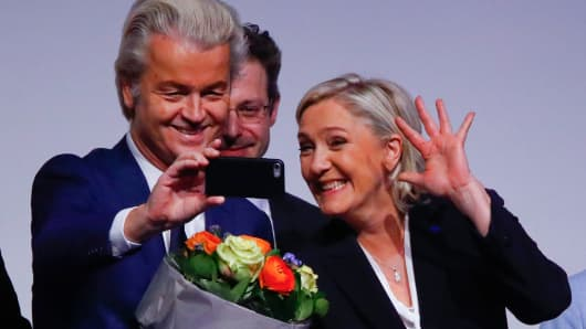 France's National Front leader Marine Le Pen and Netherlands' Party for Freedom (PVV) leader Geert Wilders take a Selfie during a European far-right leaders meeting to discuss about the European Union, in Koblenz, Germany, January 21, 2017.