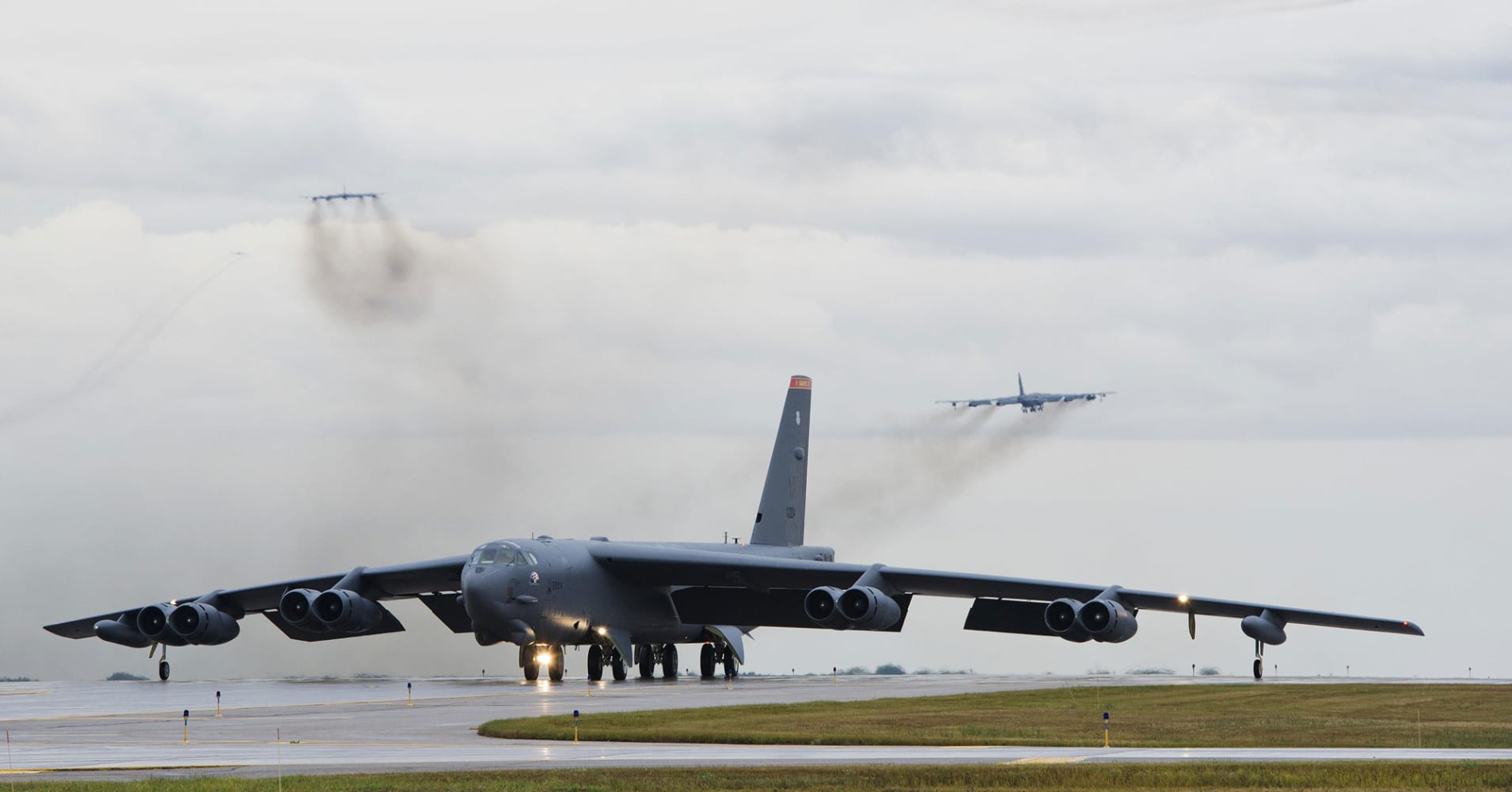 US reportedly putting nuclear bombers back on high alert