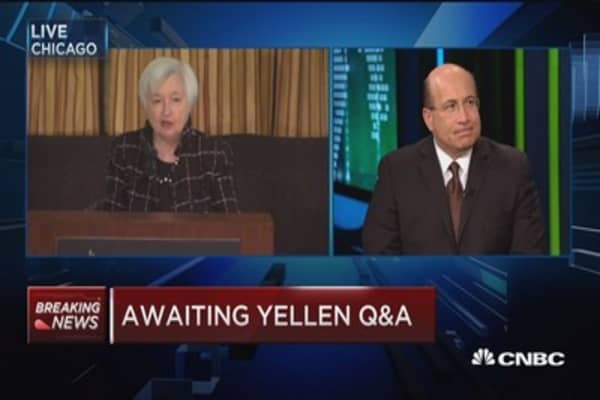 Expert: Politics risks could affect rate hikes