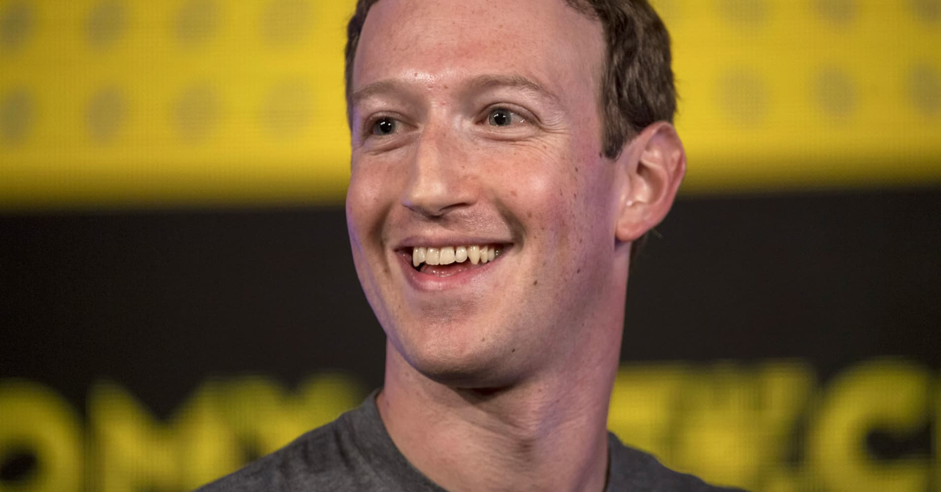 How Mark Zuckerberg And Melinda Gates Approach New Years Resolutions