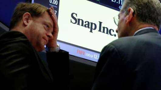 Shares of Snap sink to initial public offering price
