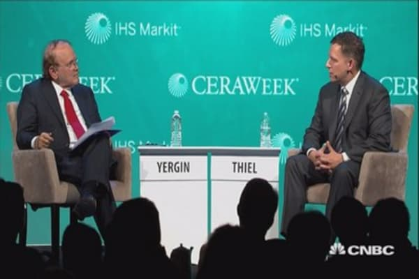 Thiel: Trump's election showed 'the tide is going out' on globalization