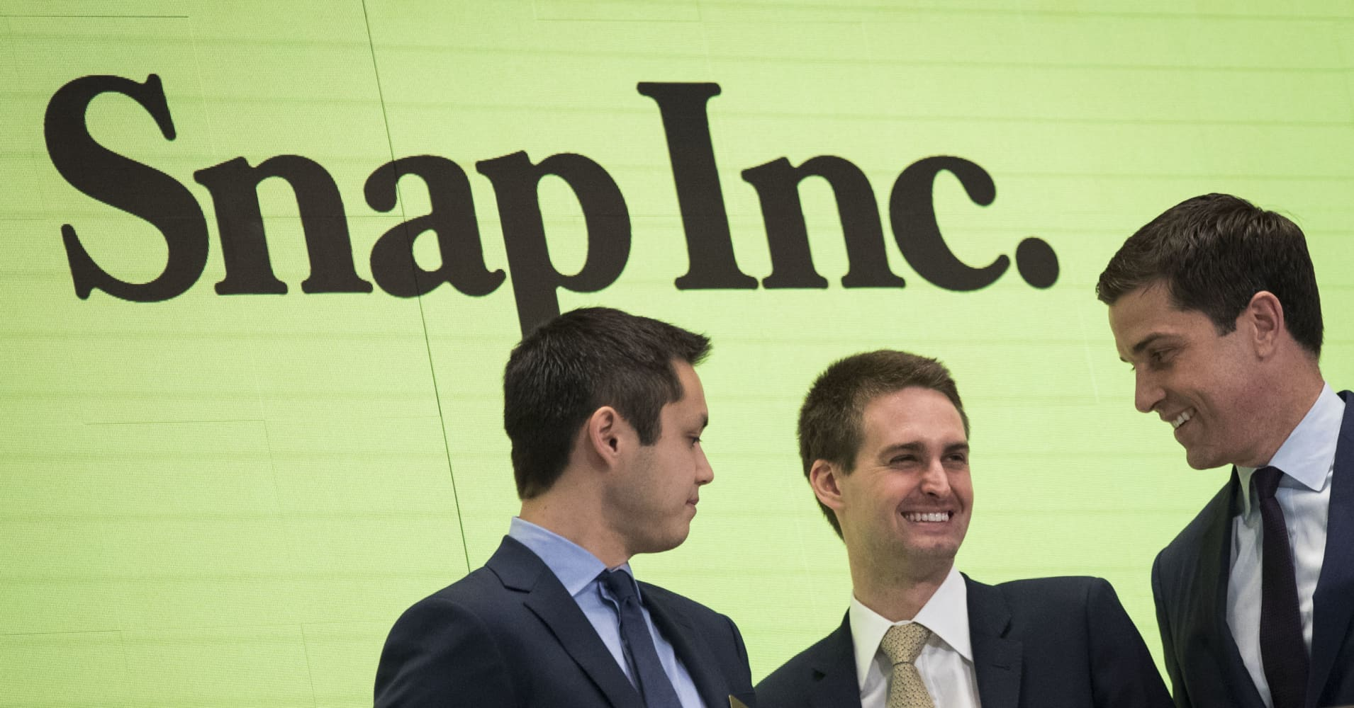 Stocks making the biggest moves midday: Snap, GE, Boeing, AMC & more