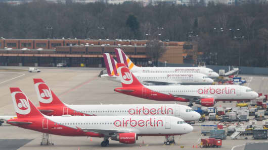 Air Berlin aims for asset sales to at least two buyers by end-Sept - CEO