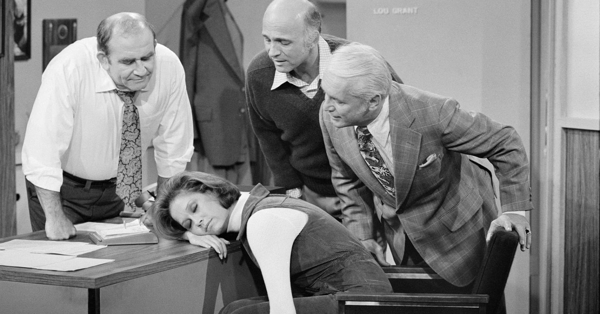 American actress Mary Tyler Moore (as Mary Richards) sleeps on a desk in a scene from the 'Mary's Insomnia' episode of 'The Mary Tyler Moore Show.'