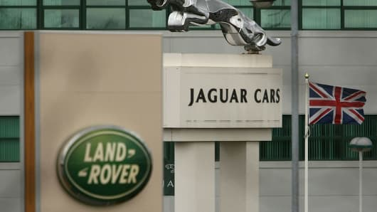 Lyft joining forces with Jaguar Land Rover