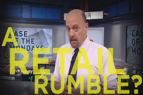 Cramer Remix: A border tax could lead to thousands of layoffs in retail